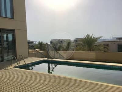 فیلا 4 غرفة نوم للايجار في شاطئ الراحة، أبوظبي - Breathtaking beach views | Podium villa with pool