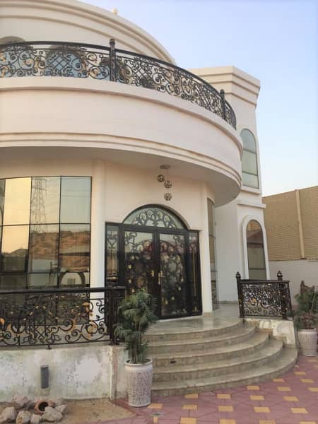Beautiful 6 Bedroom Villa For Sale - Al Dhait