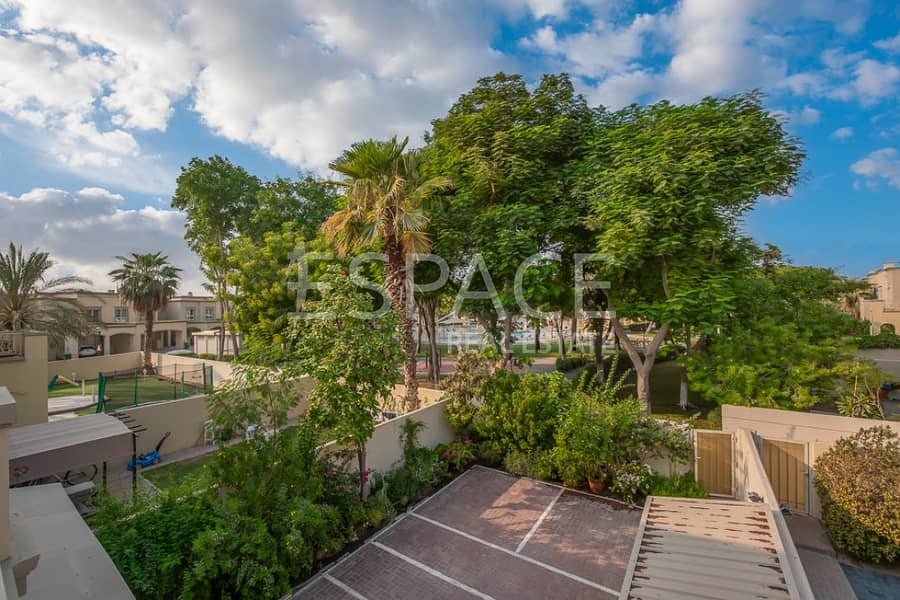 3 Beds plus Maids | Backing Pool and Park