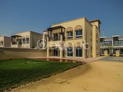 فیلا 2 غرفة نوم للايجار في مثلث قرية الجميرا (JVT)، دبي - فیلا في فلل طراز البحر المتوسط مثلث قرية الجميرا (JVT) 2 غرف 123500 درهم - 4323809