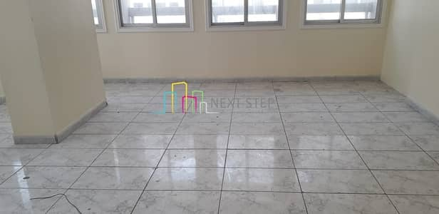 5 Bedroom Apartment for Rent in Tourist Club Area (TCA), Abu Dhabi - Spacious 5 BHK with Big MR For 65K Near Dana Hotel