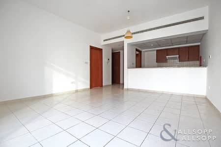 1 Bedroom Flat for Rent in The Greens, Dubai - 1 Bedroom | Chiller Free | Freshly Painted