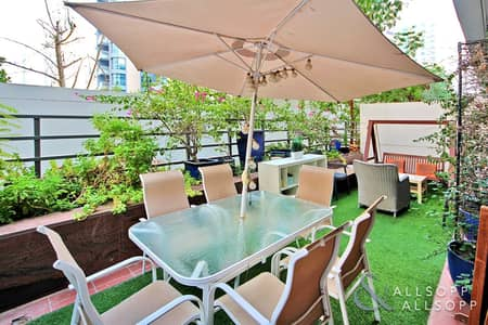 1 Bedroom Apartment for Sale in Dubai Marina, Dubai - Large Private Garden | Vacant | One Bed