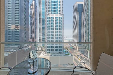 2 Bedroom Apartment for Sale in Dubai Marina, Dubai - Motivated Seller | 2 Beds | Rented Unit | For Sale