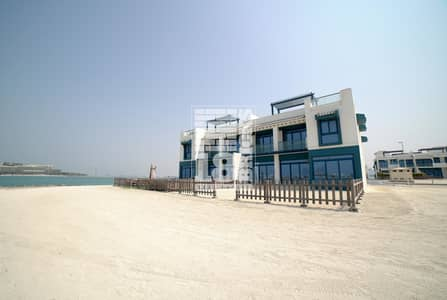 5 Bedroom Townhouse for Rent in Palm Jumeirah, Dubai - Full Sea View | 5 En-suite + Maid's Room