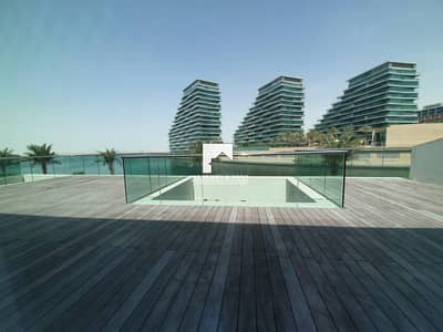 5 Bedroom Townhouse for Rent in Al Raha Beach, Abu Dhabi - Stunning 5 Bedroom Town House with Full Sea View!