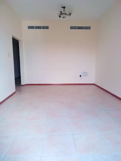 3 Bedroom Apartment for Rent in Bu Daniq, Sharjah - Fabulous and Bright 3 Bed Room Hall with Balcony Wardrobe Separate Hall Near Mega Mall