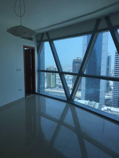 شقة 2 غرفة نوم للايجار في مركز دبي المالي العالمي، دبي - شقة في أبراج بارك تاورز مركز دبي المالي العالمي 2 غرف 85000 درهم - 4324564