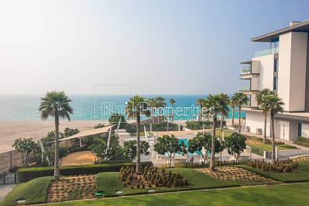 3 Bedroom Apartment for Rent in Pearl Jumeirah, Dubai - Sunning 3 Bed+Maid|Sea View |Beach Front