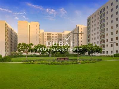 مبنی تجاري  للايجار في القوز، دبي - Whole building | Executive Staff Accommodation | 175 apartments (1 & 2 bedrooms)