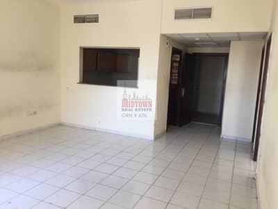 شقة 1 غرفة نوم للايجار في المدينة العالمية، دبي - Hot deal 1br with double balcony ready to move just 28000/=