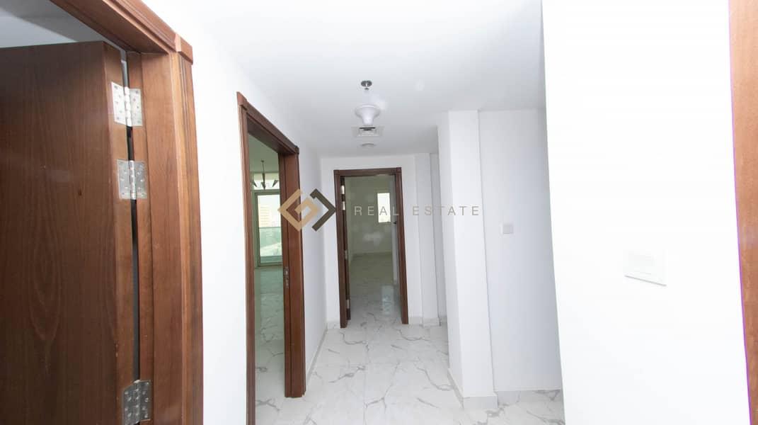 2  Luxury Apartment
