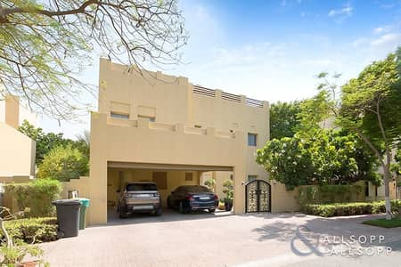 فیلا 5 غرفة نوم للبيع في البحيرات، دبي - 5 Bedroom E1   Corner Plot   Large Garden