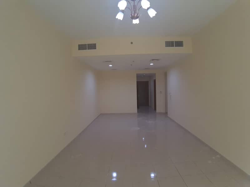 Large 2 Bedroom - Close To Madina Mall And Lulu Village
