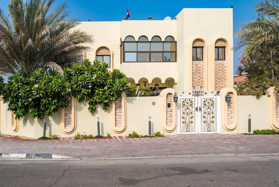 2 Classic Jumeirah Villa | Available Now for Viewing
