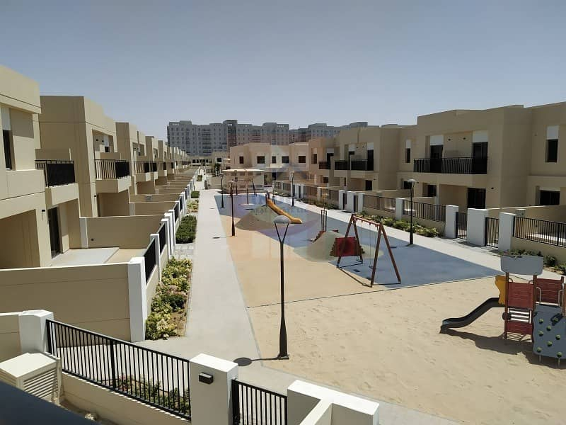 2 Brand New Single Row 3BR+M  Safi Townhouse