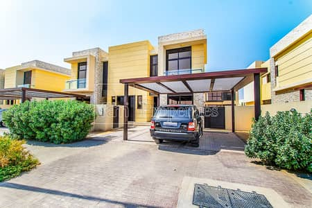 3 Bedroom Townhouse for Rent in DAMAC Hills (Akoya by DAMAC), Dubai - Great Layout 3-bedroom unit in Longview