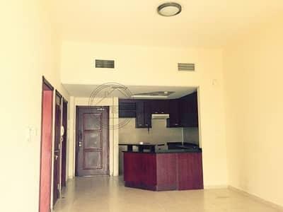 شقة 1 غرفة نوم للايجار في ديسكفري جاردنز، دبي - V Shaped 1 BR in Moghul I community view