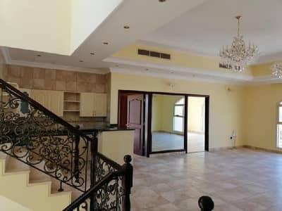 فیلا 3 غرفة نوم للايجار في ند الحمر، دبي - فیلا في ند الحمر 3 غرف 140000 درهم - 4326200