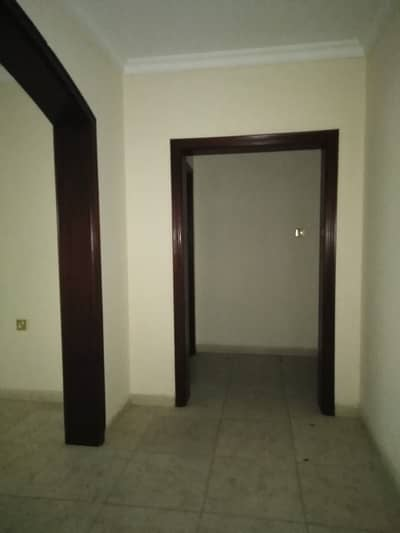 Studio for Rent in Al Mahatah, Sharjah - 2 Months Free Huge Size 500 SQF Lavishly designed Studio Flat With Separate Kitchen Excellent Finishing Fully Family Building
