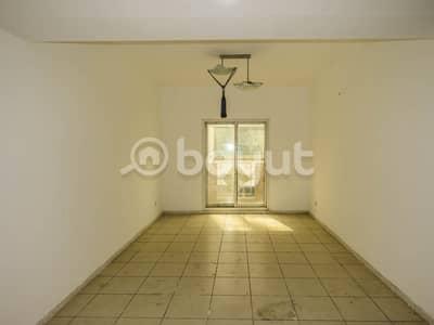 شقة في روز 3 الحمریة بر دبي 3 غرف 65000 درهم - 4327906