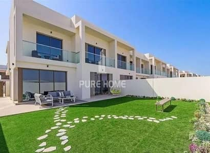 3 Bedroom Villa for Sale in Yas Island, Abu Dhabi - Phenomenal Development in Yas Island Own now This 3 Bedrooms VILLA  For All Nationalities