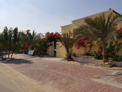 5 Bedroom Villa for Sale in Barashi, Sharjah - Villa with a perfect size and price for sale