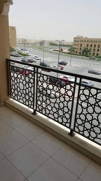 شقة 1 غرفة نوم للبيع في المدينة العالمية، دبي - شقة في طراز الإمارات المدينة العالمية 1 غرف 355000 درهم - 4328058
