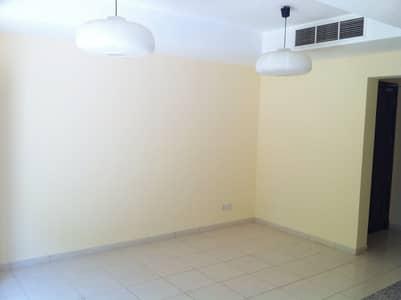 فیلا 2 غرفة نوم للايجار في الينابيع، دبي - فیلا في الينابيع 12 الينابيع 2 غرف 85000 درهم - 4329445