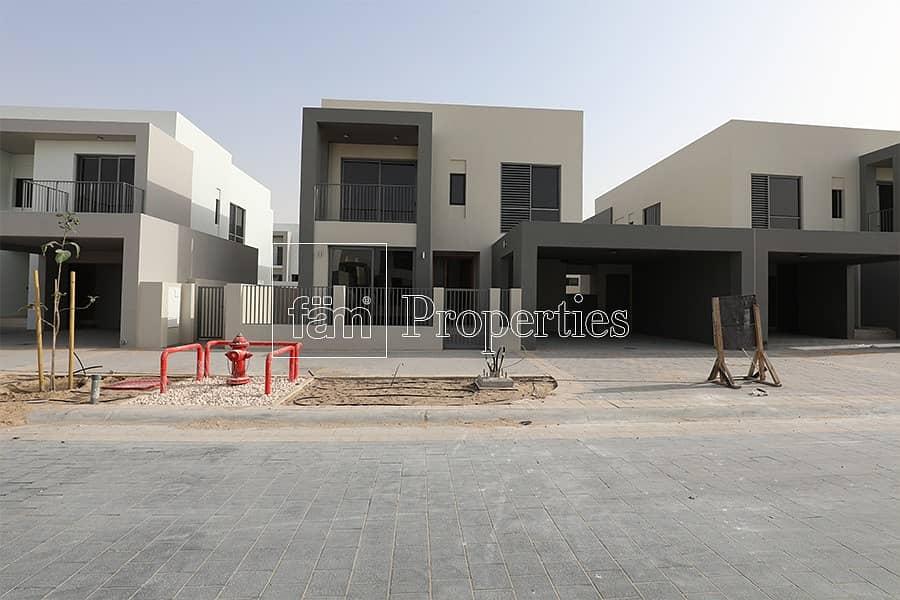 4BR type E3 Corner villa in phase 1 Sidra