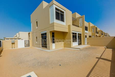 4 BR Safi townhouse For Rent on park and pool