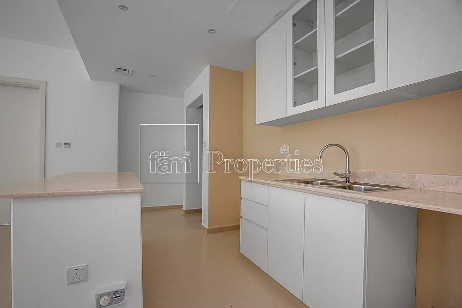 2 4 BR Safi townhouse For Rent on park and pool