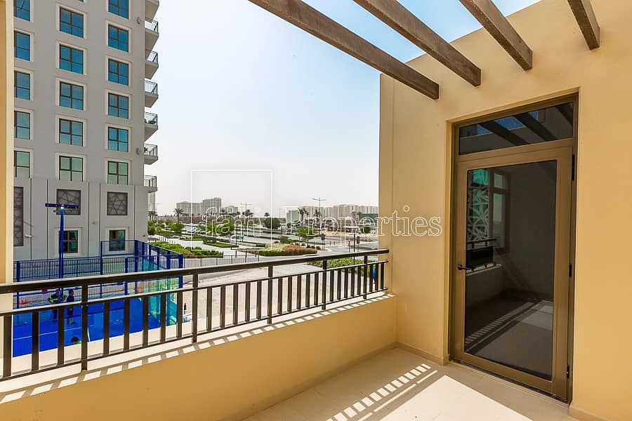 17 4 BR Safi townhouse For Rent on park and pool