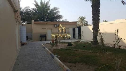 3 Bedroom Villa for Sale in Al Sabkha, Sharjah -  AED 700K