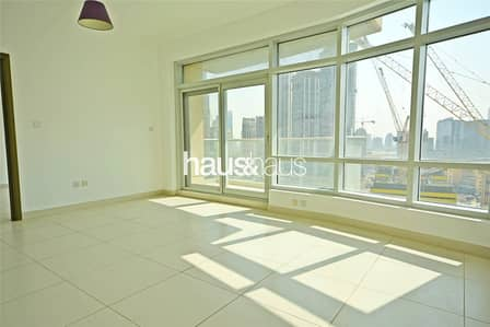 1 Bedroom Apartment for Rent in Downtown Dubai, Dubai - Two Bathrooms   Spacious Layout   Chiller Free