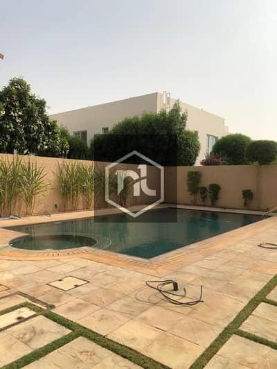 6 Bedroom Villa for Sale in Umm Suqeim, Dubai - State of the art new luxurious villa
