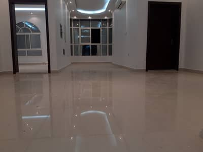 4 Bedroom Flat for Rent in Khalifa City A, Abu Dhabi - Very good flat (4b/r)(hall) for rent in khalifa city (A) - good location - very big space- big kitchen.