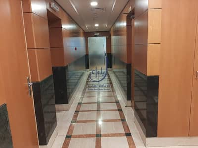 مکتب  للايجار في شارع الشيخ زايد، دبي - NO COMMISION  ! SEMI FURNISHED OFFICE - Next to Metro Station - Free Chiller