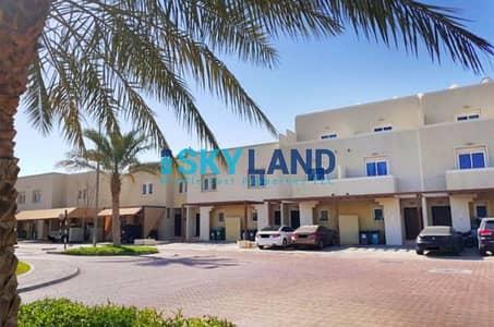 3 Bedroom Villa for Sale in Al Reef, Abu Dhabi - Stunning Private Garden ! 3BR in Arabian
