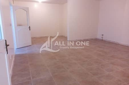 4 Bedroom Flat for Rent in Electra Street, Abu Dhabi - Good and Spacious 4 Bedroom for Rent in Electra @ AED 90000!