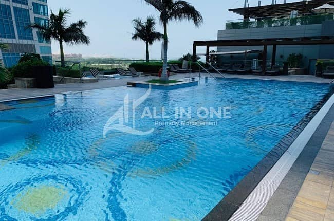 Majestic Place to Reside! 2 Master BR in Sea View!