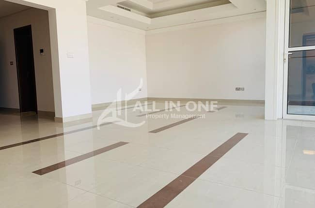 2 Enticing and Great Amenities! 3 BHK in Corniche @ AED 150000