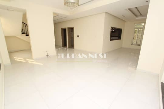 Vacant Contemporary 4 Bed Villa with Pool