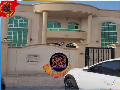 فیلا 5 غرفة نوم للبيع في الروضة، عجمان - فيلا طابقين مجهزة بالكهرباء و التكييفات للبيع بعجمان