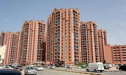 2 Bedroom Flat for Sale in Al Nuaimiya, Ajman - Apartment for sale : 2 Bedrooms, big hall, 4 bathrooms, Maid room and kitchen