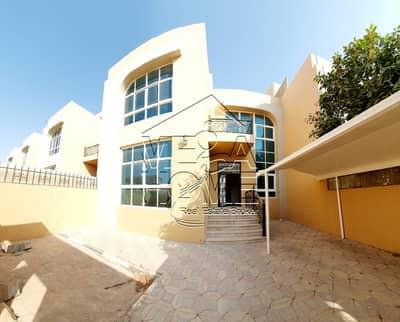 فیلا 6 غرفة نوم للايجار في مدينة خليفة أ، أبوظبي - فیلا في مدينة خليفة أ 6 غرف 150000 درهم - 4333014