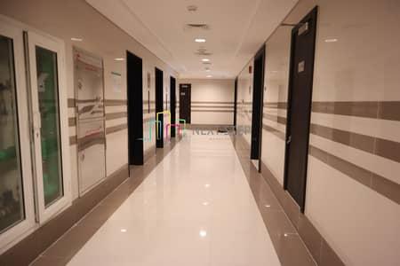 فلیٹ 3 غرفة نوم للايجار في الخالدية، أبوظبي - Brand New!!! 3 BR with MR Parking And Sea View on Istiqlal