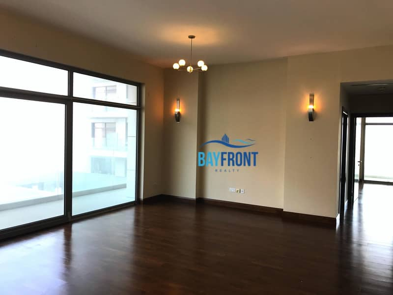 4 Chqs   Well Maintained   Spacious   Ac Free