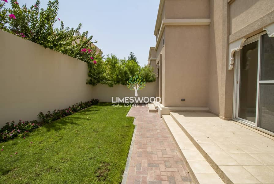 2 3Bed Traditional Villa+Maid   13 Months Contract