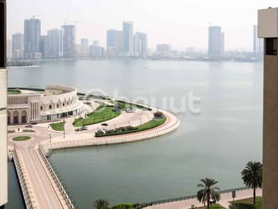 4 Bedroom Penthouse for Rent in Al Majaz, Sharjah - Chiller AC Free, Free One Month, Direct From Owner, No Commission,   Spacious  4 B/R Penthouse, Partial View Khalid Lagoon